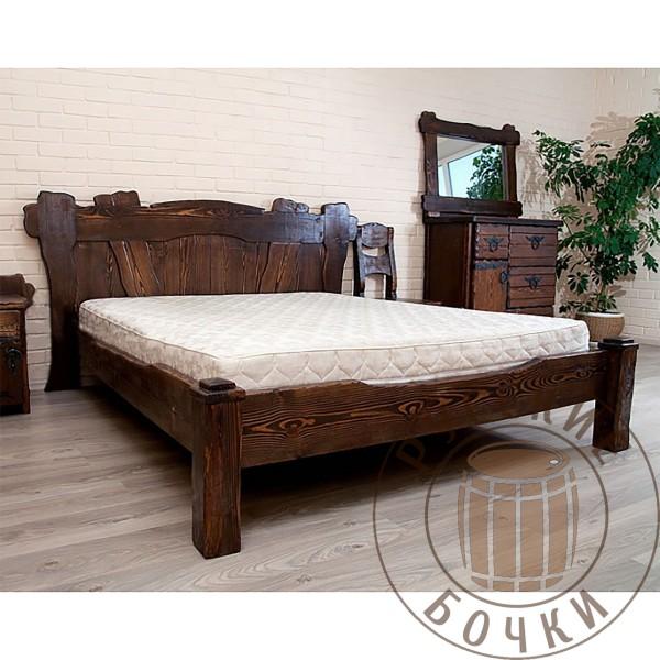 Кровать из массива дерева под старину Анастасия