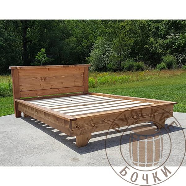 Кровать из массива дерева под старину Ева